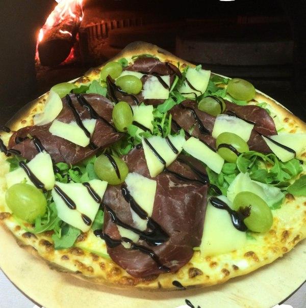 Pizza La Bresaola